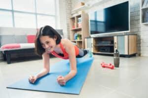 exercices de cardio à faire chez soi sans matériel